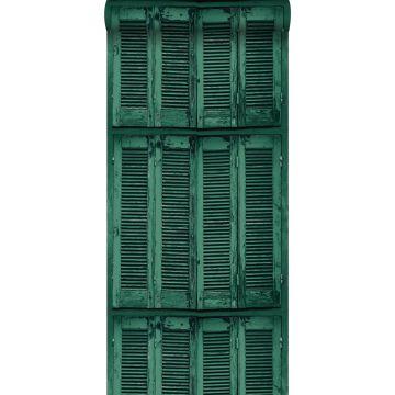 papier peint persiennes altérées en bois rétro vintage vert émeraude intense de ESTA home