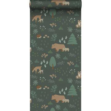 papier peint forêt avec des animaux de la forêt vert foncé et beige de ESTA home