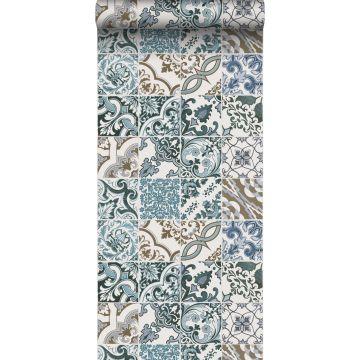 papier peint motif de carrellages bleu et beige de ESTA home