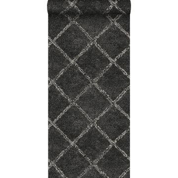 papier peint tapis oriental berber noir avec une impression en blanc mat de ESTA home