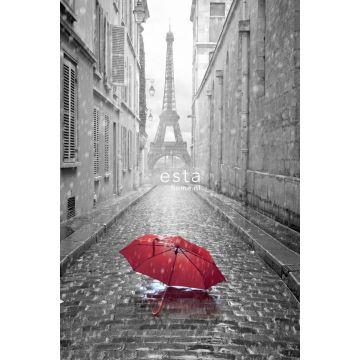 papier peint panoramique Paris noir et blanc avec parapluie rouge gris et rouge de ESTA home