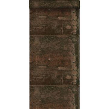 papier peint grandes plaques métalliques rouillées, vieillies, altérées et touchées par les intempéries avec des rivets brun rouille de Origin